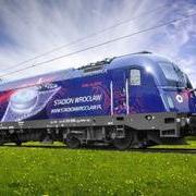 Lokomotywa uniwersalna elektryczna Husarz Euro 2012 Stadion Wrocław EU44 (DarekW Piko 59906)